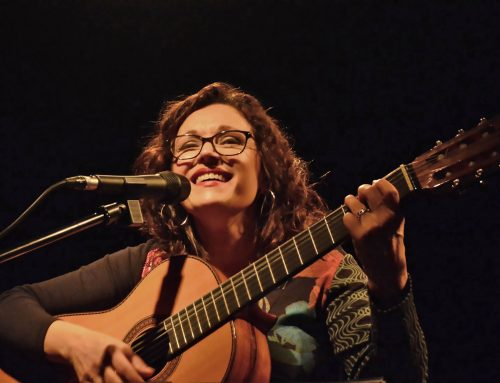 Cantadas y Contadas: Lorena Astudillo. Viernes 16 de agosto – 21hs